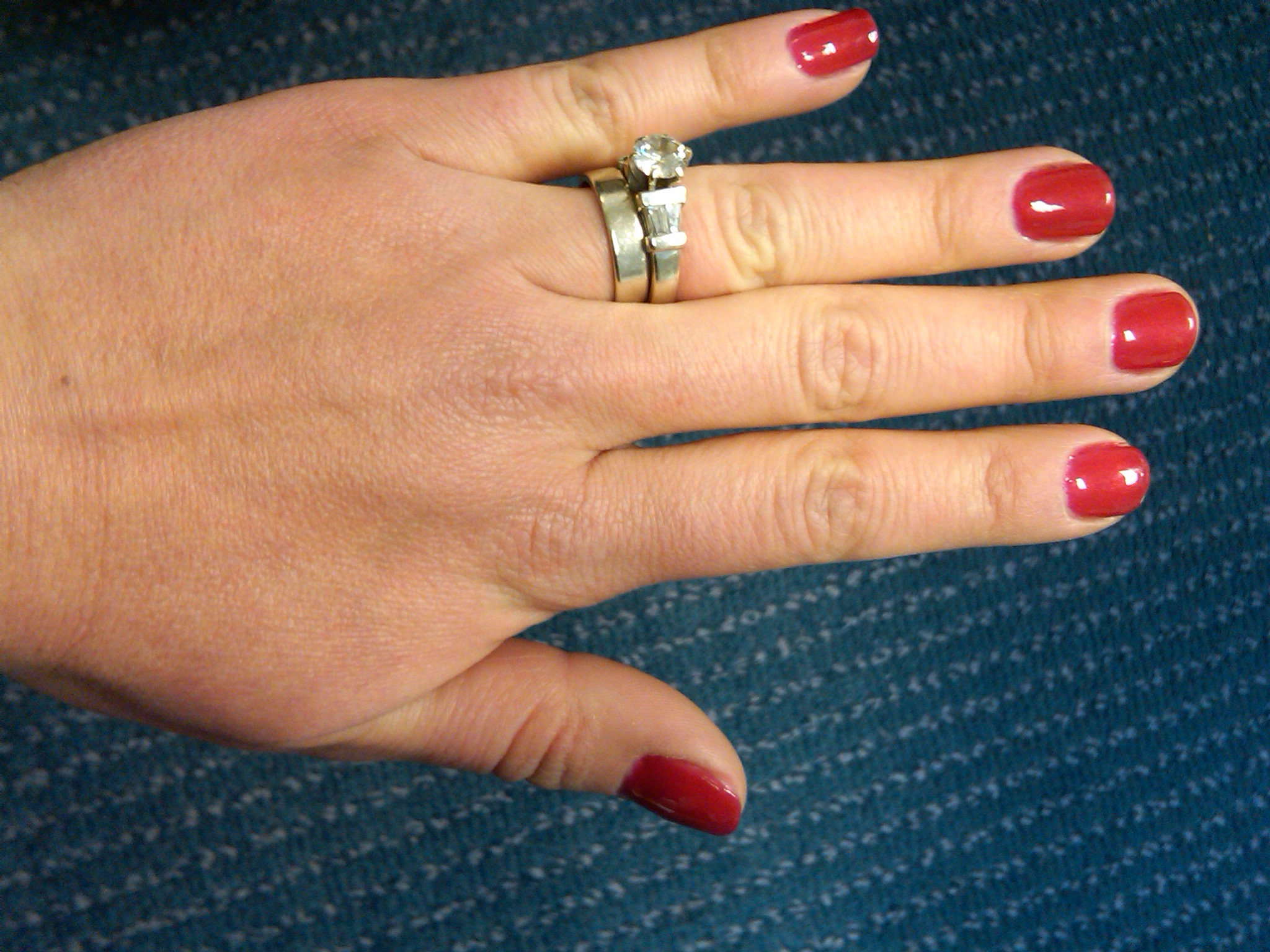 A Mom Thing: No Chip Manicure...Really!